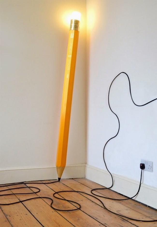 lapiz gigante lampara