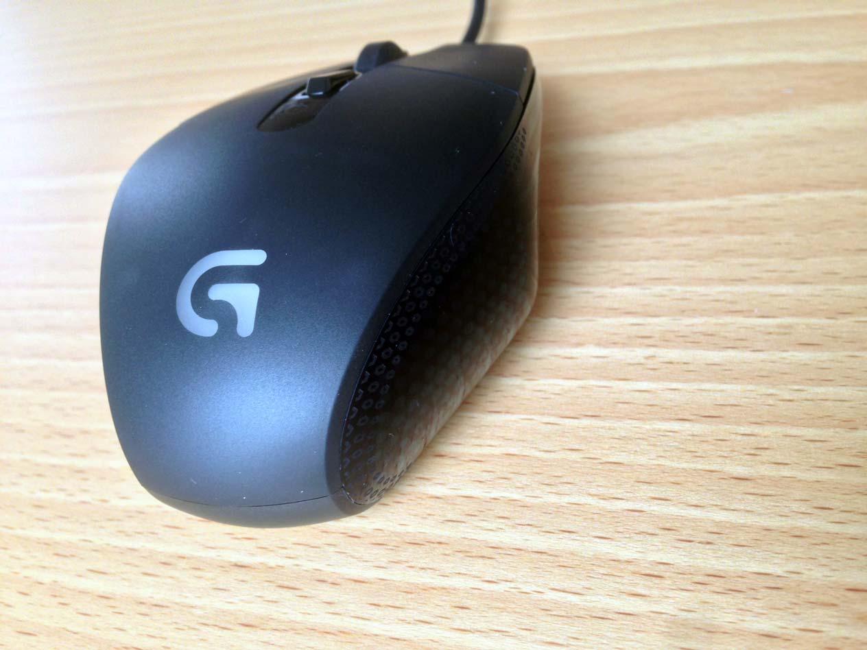 Raton Logitech G302