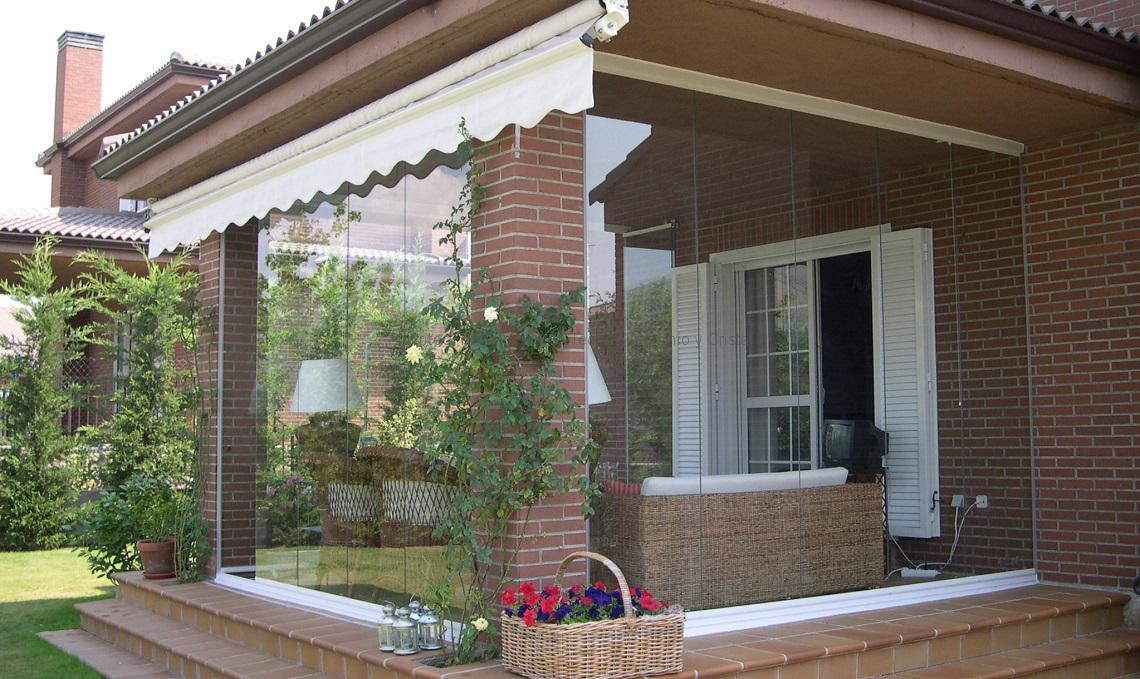 Consejos para decorar el jard n en invierno estilos - Ideas para decorar un porche cerrado ...