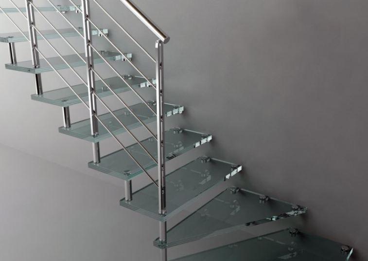 Las escaleras cada d a est n m s de moda estilos ideas for Escaleras de aluminio para interiores