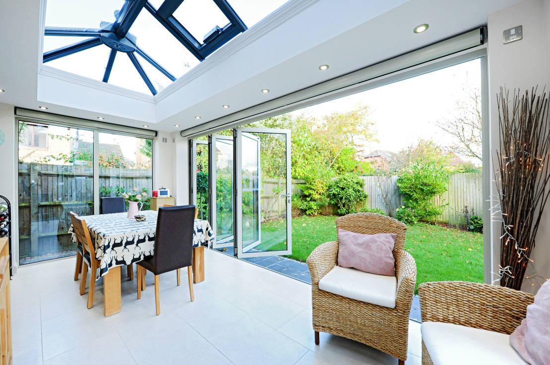 Consejos para decorar el jard n en invierno decoraccion - Como decorar tu porche ...