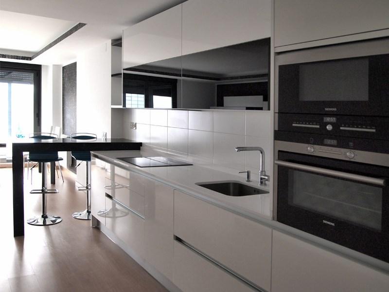 Por qu instalar electrodomesticos integrados for Cocinas completas con electrodomesticos
