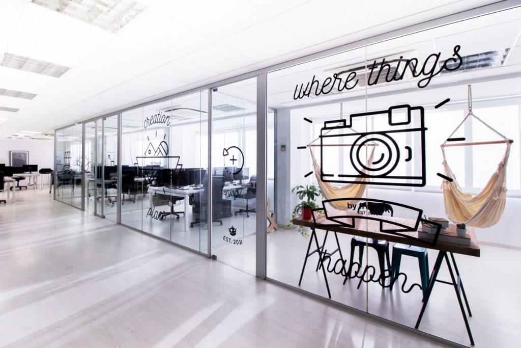 Adaptarse a las tendencias rediseñando tu oficina