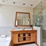 Muebles de baño: 8 ideas para ganar espacio