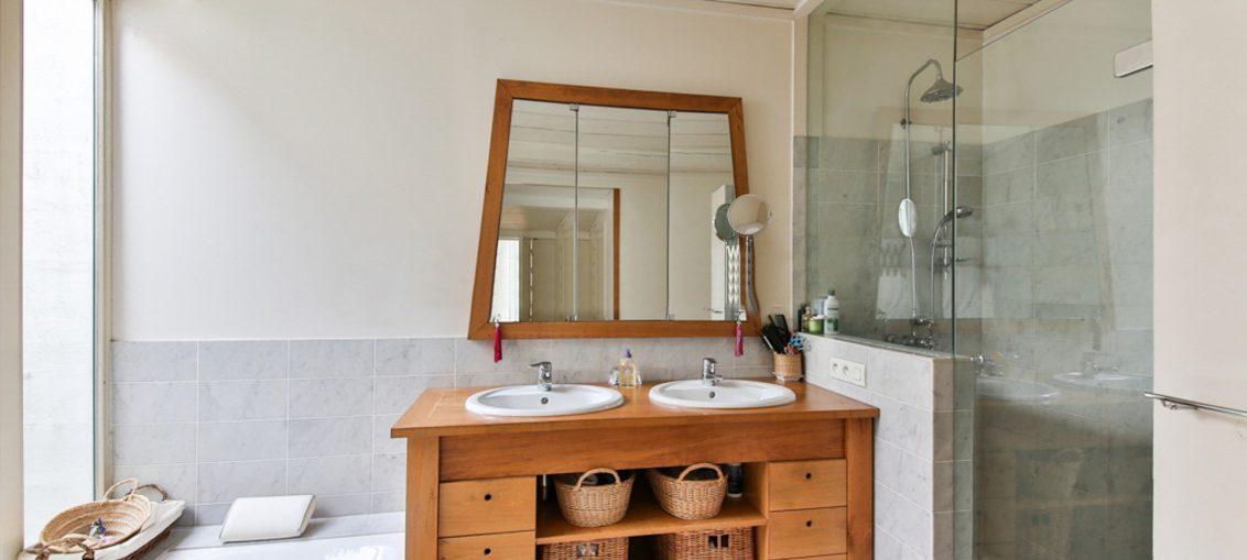 Muebles de ba o 8 ideas para ganar espacio decoraccion for Ultimas tendencias en muebles para el hogar