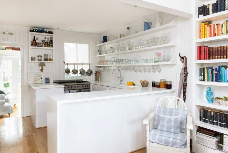 cocinas pequeñas estantes abiertos