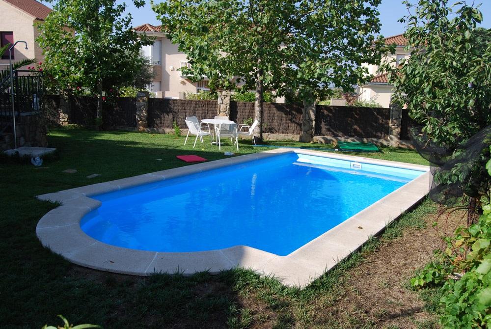 Piscinas prefabricadas baratas tu merecido descanso en verano - Casas rurales con piscina baratas ...