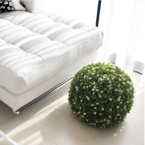 esfera decorativa jazmín fondo blanco