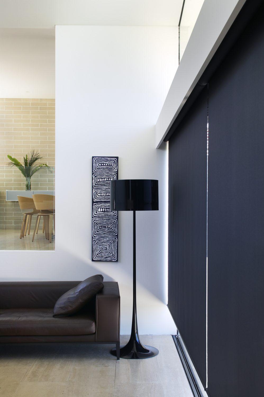 Las ventajas de las cortinas aislantes para oficinas