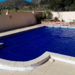 Todo lo que necesitas saber sobre las mantas térmicas para piscina