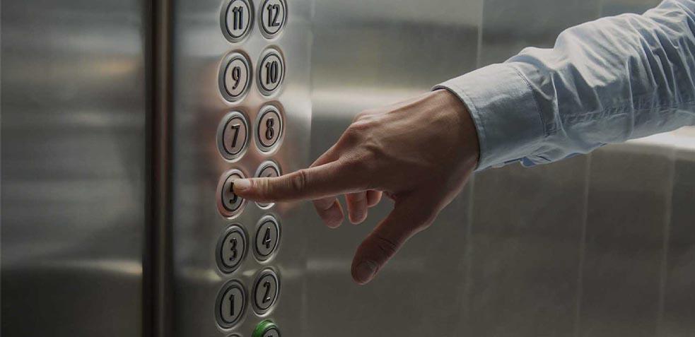 ascensores botonera limpieza ascensor