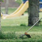 Utiliza una desbrozadora para dejar tu jardín ideal este verano