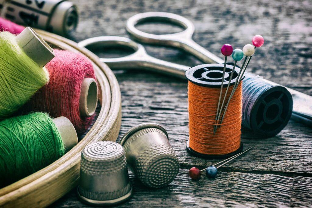 Máquinas de coser en el hogar. Ventajas y usos